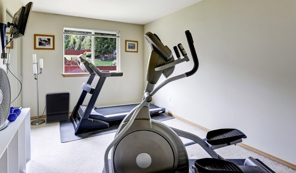 LIFE CELL 2500 in a home gym